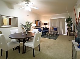 Silverhawk Apartment Homes at La Quinta - La Quinta