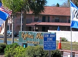 Cypress Place Apartments - Tarpon Springs