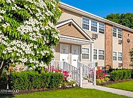 Hillcrest Village - NY - Holbrook