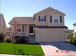 Beautiful Spacious Home w/ Mountain Views - Highlands Ranch