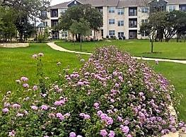 Tuckaway Apartments Home - Cedar Park