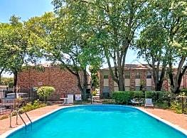 Monticello Square - Houston