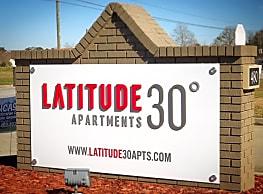 Latitude 30 - Valdosta