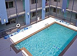700 Condominium Apartments - Birmingham