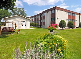 Golfview Crossings Apartments - Winona