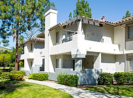 Oak Park Apartment Homes - Oak Park