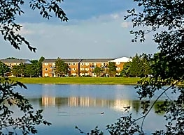 Lakehaven Apartments - Carol Stream