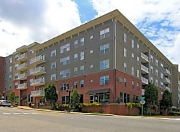 909 Broad Street Apartments - Athens
