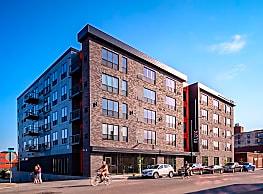 Flux Apartments - Des Moines