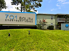 701 South Apartments - Mobile