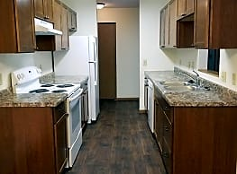 Sheridan Pointe Apartments - Fargo
