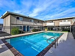 Marina Breeze Apartment Homes - San Leandro