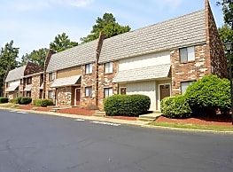 St. Andrews Apartments - Columbia