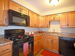 La Vale Apartments - Monroeville