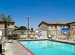 Kings Manor Apartments - Corcoran