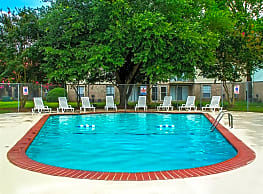 Brookfield Apartments - Virginia Beach