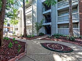Centerpoint Apartments - Dallas