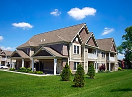 Deer Lakes Apartments - Amherst