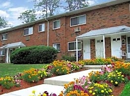 Hillcrest Apartments - Trenton