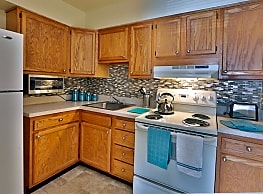 The Willows Apartment Homes - Glen Burnie