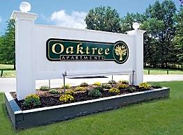 Oaktree Apartments - Newark