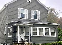 25 Winnmere Ave - Burlington