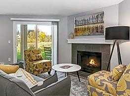 Brisa Apartment Homes - Everett