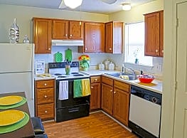Bradford Pointe Apartments - Evansville