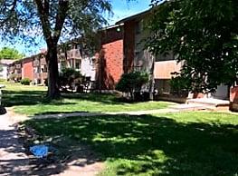 Bethany Park Plaza - Kansas City