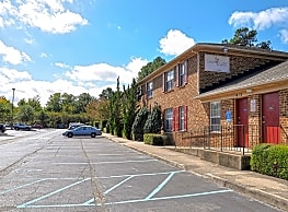 Laurel Court Apartments - Virginia Beach