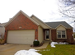 This 3 bedroom 2 bath home has 1,387 square feet o - Indianapolis