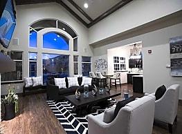 Fox Ridge Apartments - Longmont