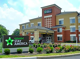 Furnished Studio - Meadowlands - East Rutherford - East Rutherford