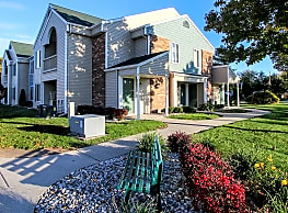 Lake Village of Port Huron Apartments - Port Huron