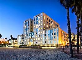 Sea Castle Apartments - Santa Monica