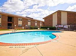Casady Apartments - Oklahoma City