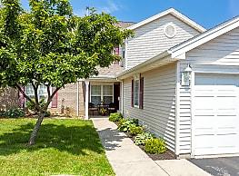 Oakmonte Apartment Homes - Webster