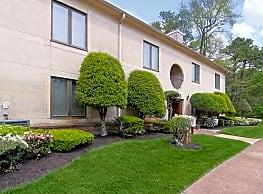 Fairway Villas - Lakewood