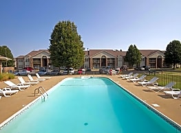 Willow Creek Apartment Homes - Springfield