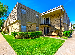 Fox Trail Apartments - Shreveport