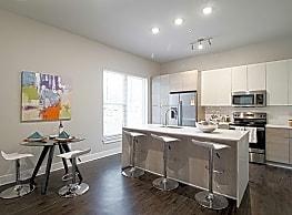 17 South Apartments - Charleston