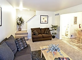 Heritage Glen Townhomes - Taylor