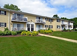 Chesterfield Apartments - Freehold