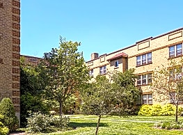 Salutaris Court - Cincinnati