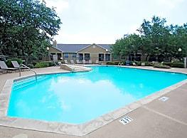 Hill Country Villas - San Antonio