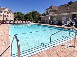 Summit Terrace Luxury Apartments - New Windsor