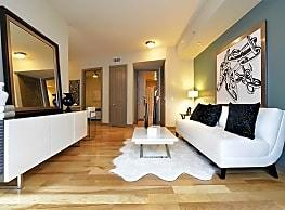 Memorial Hills Apartments - Houston