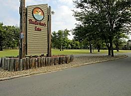 MacArthur's Lake - Wichita