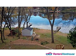 100% New 4BED/2BATH on South Center Lake in... - Lindstrom