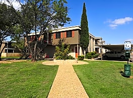 College Hills West Apartments - San Angelo